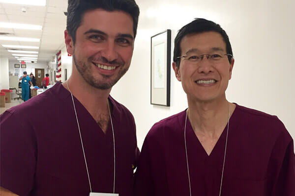 Especialista em rinoplastia participa de congresso | Mario Farinazzo